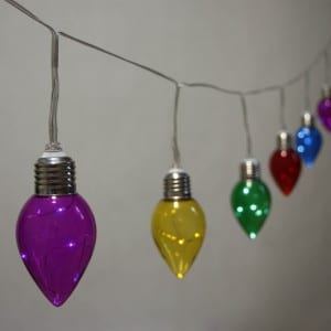 Plastic Bulb Battery Operated Icicles String Light
