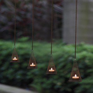 Flickering Candle Lights Outdoor with Metal Pyramid