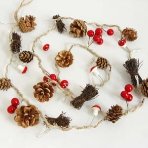 Natural Material Pine Cones Decorative LED String Light Outdoor