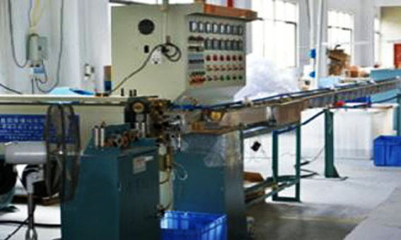 High precision extrusion equipment