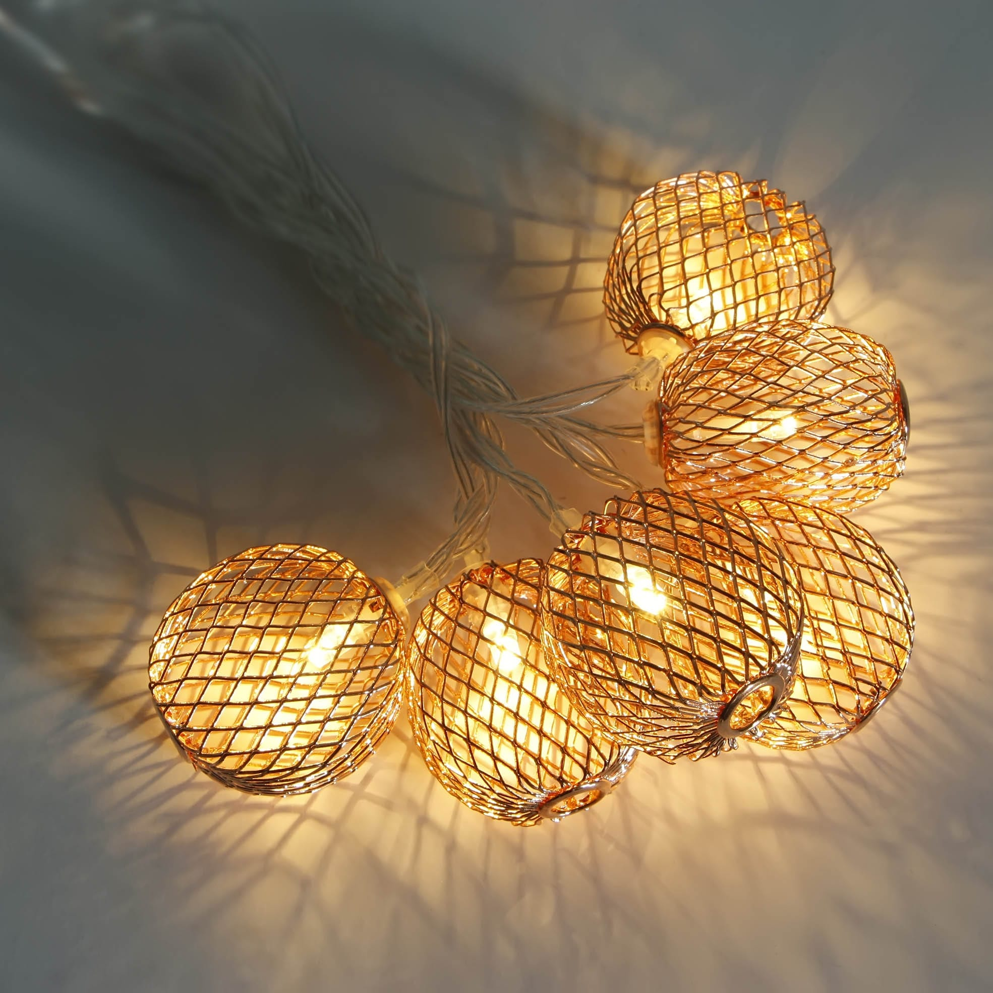 Gl Steel Roll Globe Bulb String Lights -