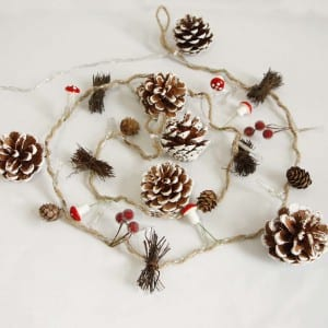 Natural Material Pine Cones String Light for Garden Decor